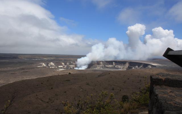 世界遺産キラウエア火山と星のツアー