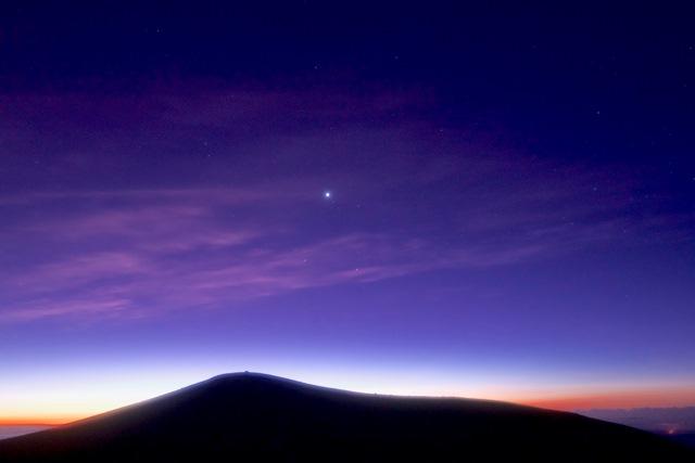 マウナケア山頂サンライズ&星空ツアー